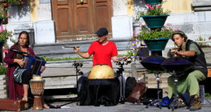 Eourres EtenSèl musique folk trad danser bal festival percussions accordeon hang handpan